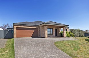 Picture of 23 Shaw Drive, Romsey VIC 3434