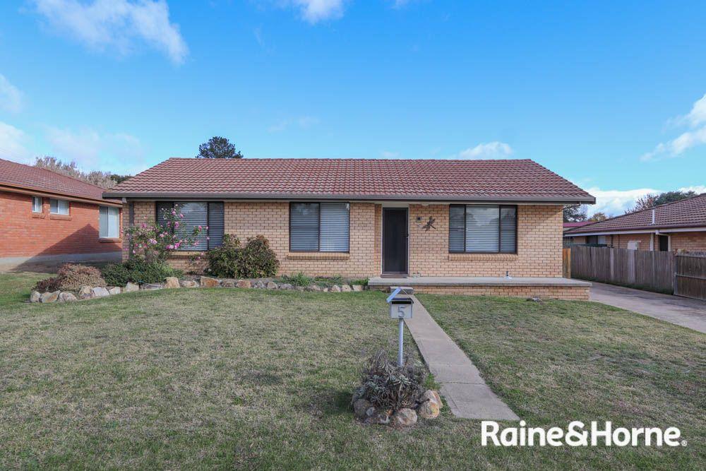 5 Willman Place, South Bathurst NSW 2795, Image 0