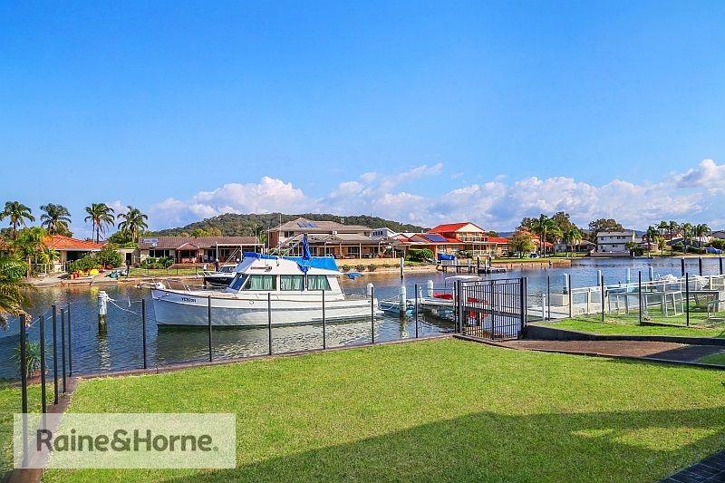 72 Helmsman Boulevard, St Huberts Island NSW 2257, Image 2