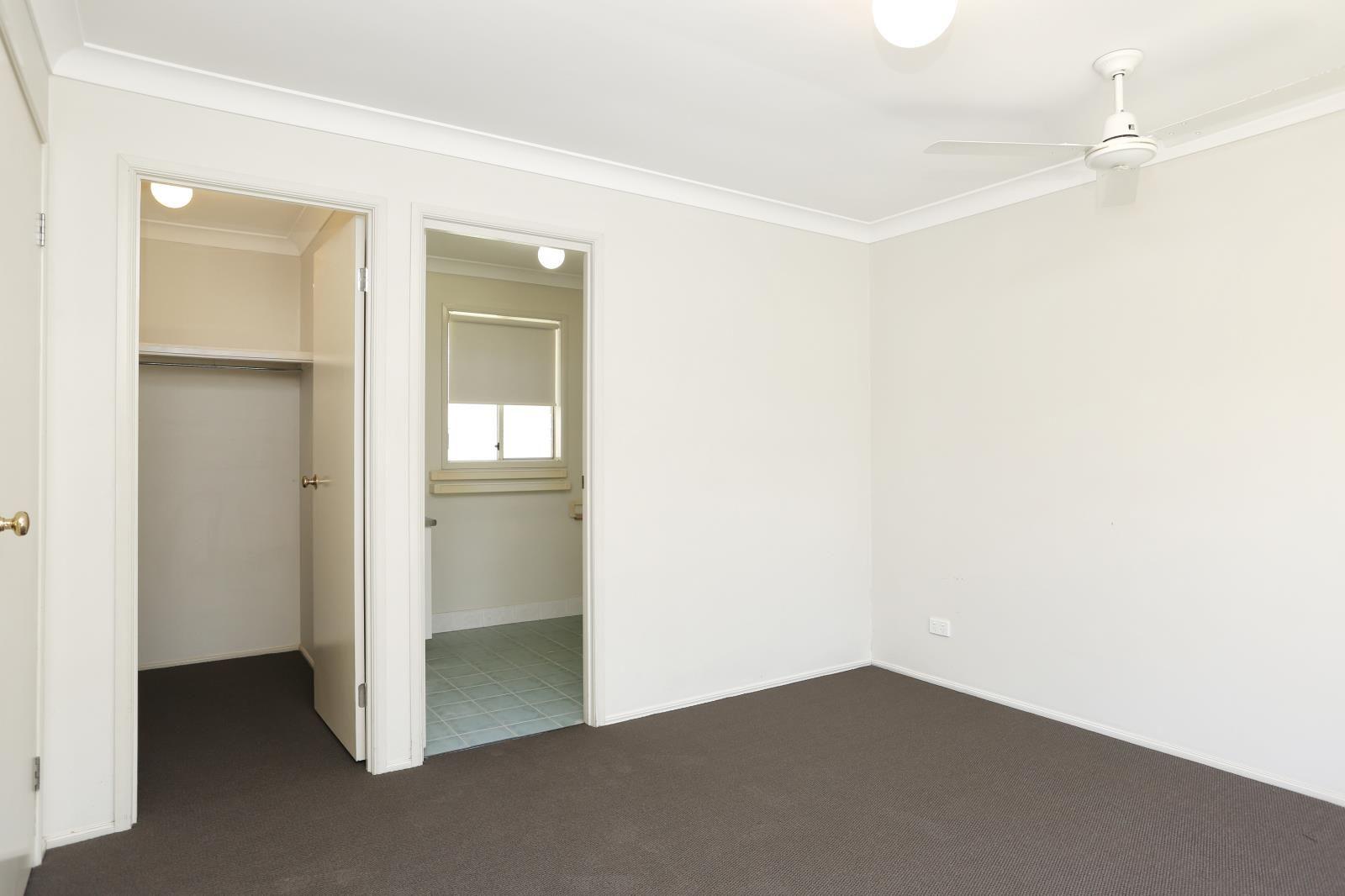 5 Canopy Close, Warner QLD 4500, Image 2