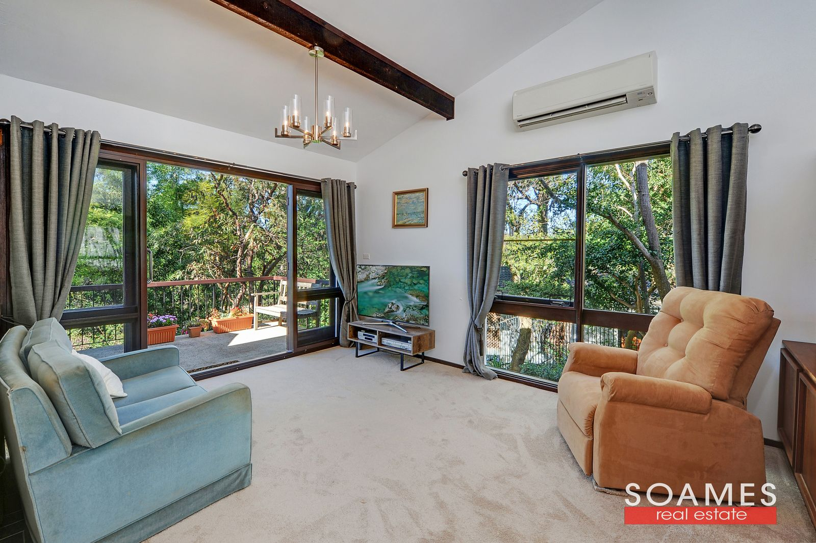 4 Lynne Place, Hornsby NSW 2077, Image 2