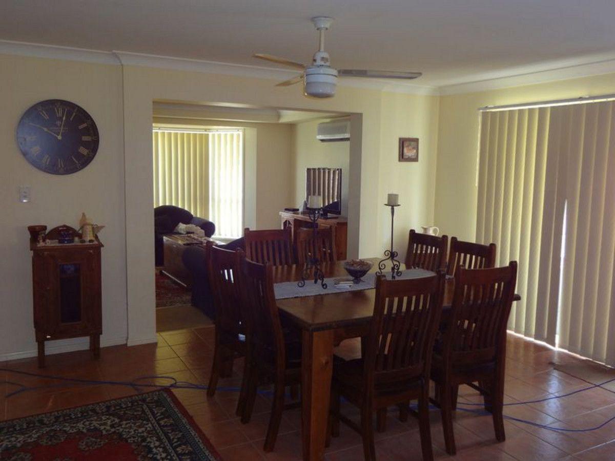 9 Pale Oak Court, Jimboomba QLD 4280, Image 2