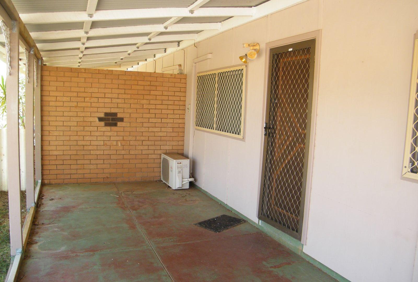 A/6 Pratt Court, Carnarvon WA 6701, Image 2