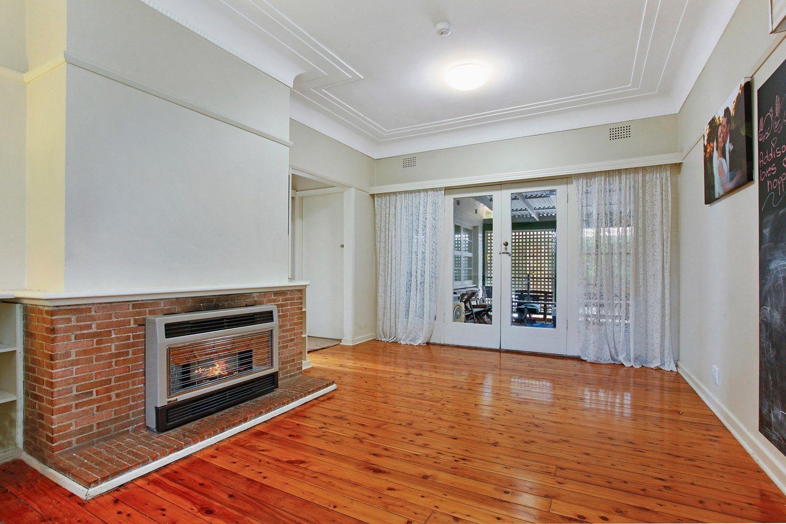 36 Fiona Road, Beecroft NSW 2119, Image 2
