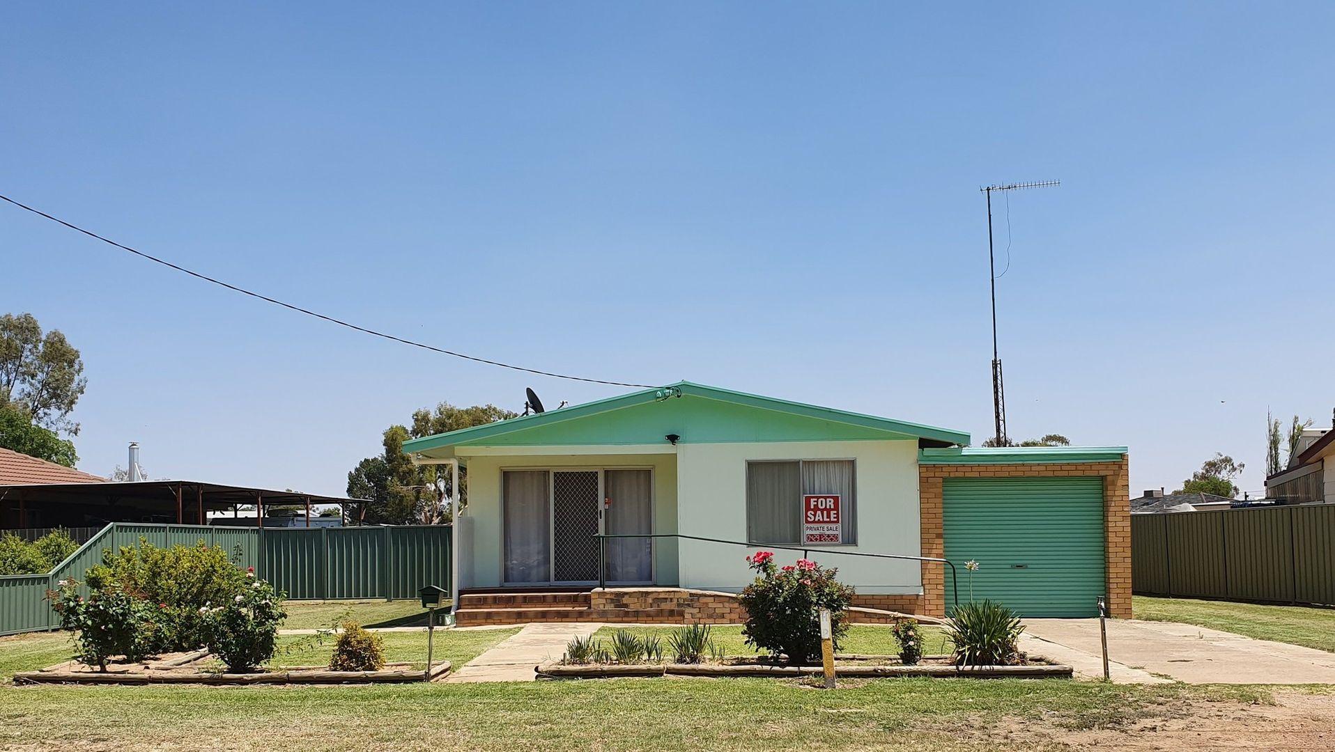 6 Brooks Crescent, Darlington Point NSW 2706, Image 0
