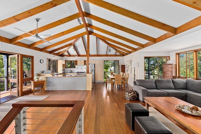 Picture of 9 Currawong Street, NOOSA HEADS QLD 4567
