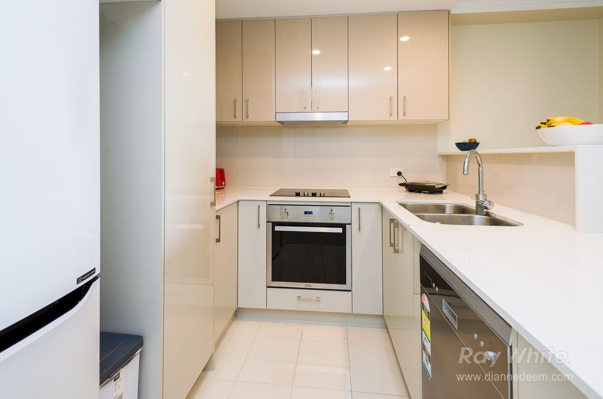 408/66 Slobodian Avenue, Eight Mile Plains QLD 4113, Image 1