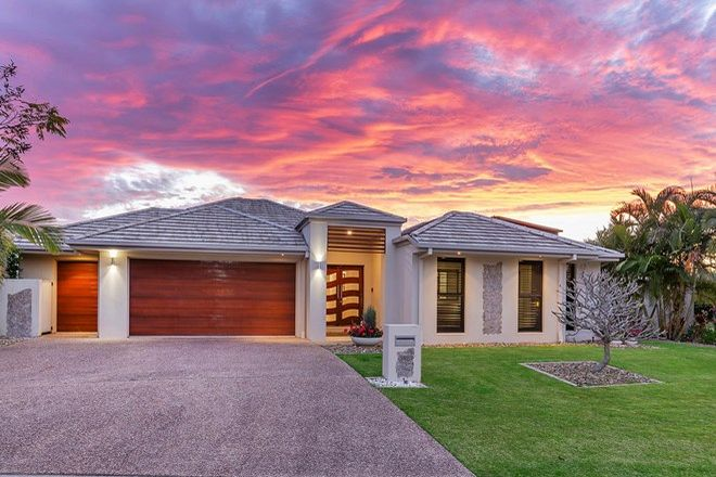 Picture of 2857 Virginia Dr, HOPE ISLAND QLD 4212