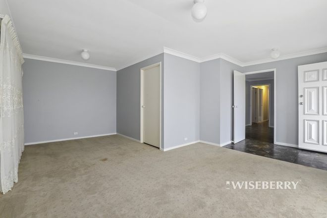 Picture of 5 Jane Cl, LAKE HAVEN NSW 2263