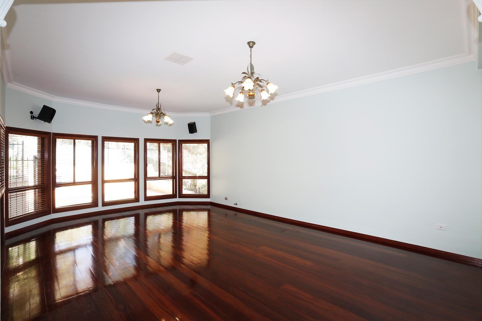 12 Nithdale Street, Pymble NSW 2073, Image 2