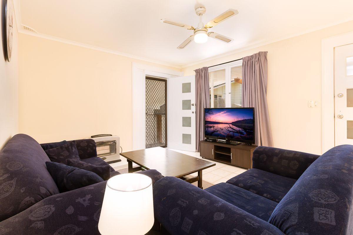 5 Illawong Place, Orange NSW 2800, Image 2