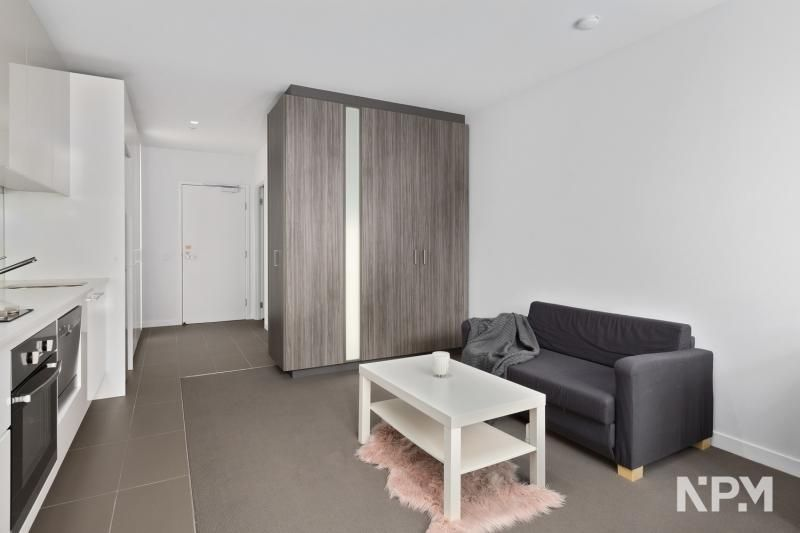 2307/220 Spencer Street, Melbourne VIC 3000, Image 2