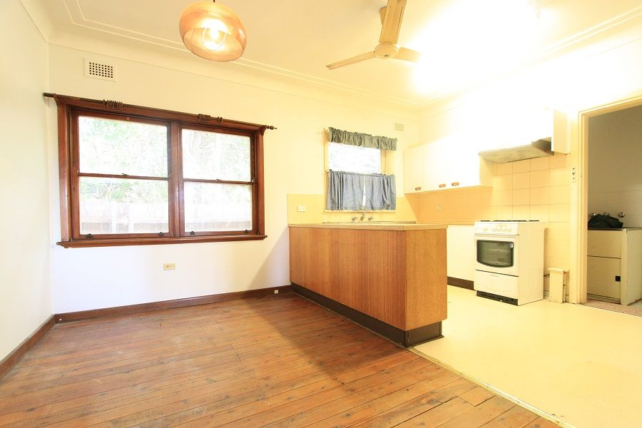 10 Cavell Avenue, Rhodes NSW 2138, Image 2