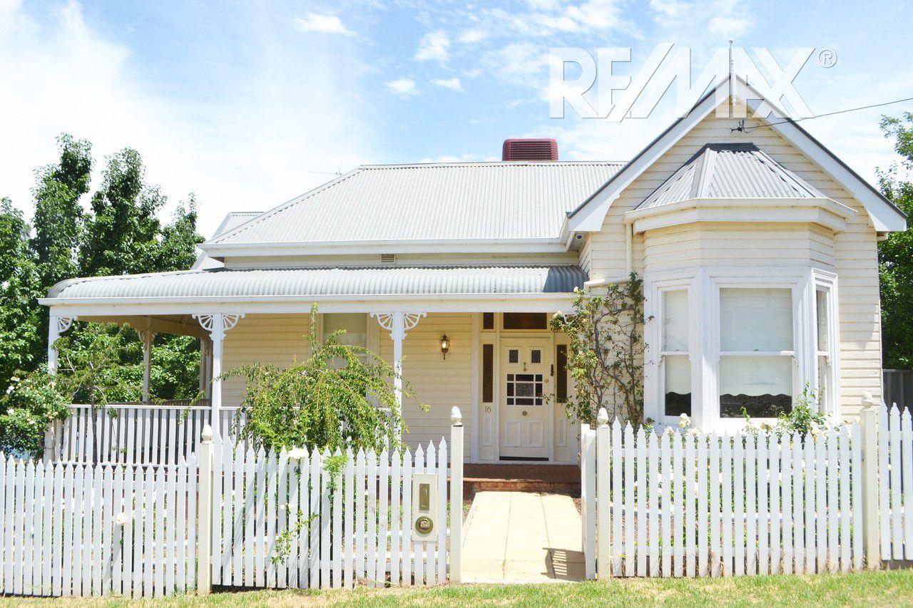 16 Wardle Street, Junee NSW 2663, Image 0