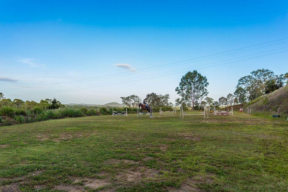73 Sunrise Circle, The Dawn QLD 4570, Image 2