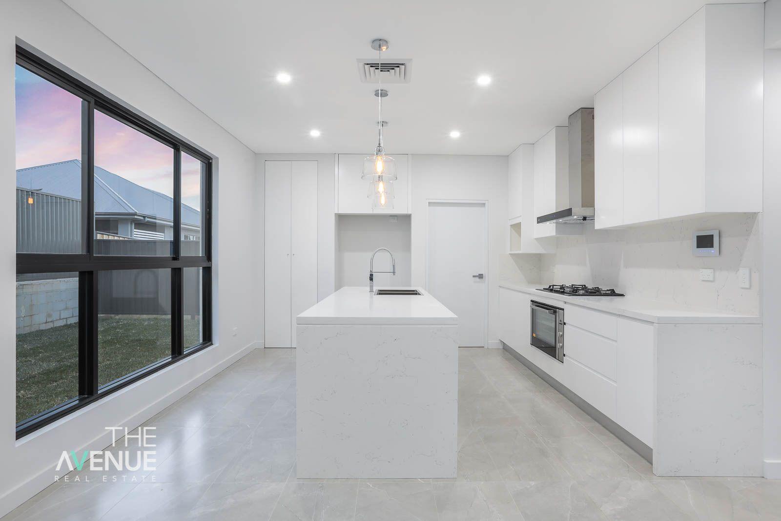 14 Barakee (off Celia Rd) Crescent, Kellyville NSW 2155, Image 2