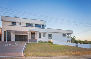 Picture of 32 O'Brien Esplanade, Shoal Point QLD 4750