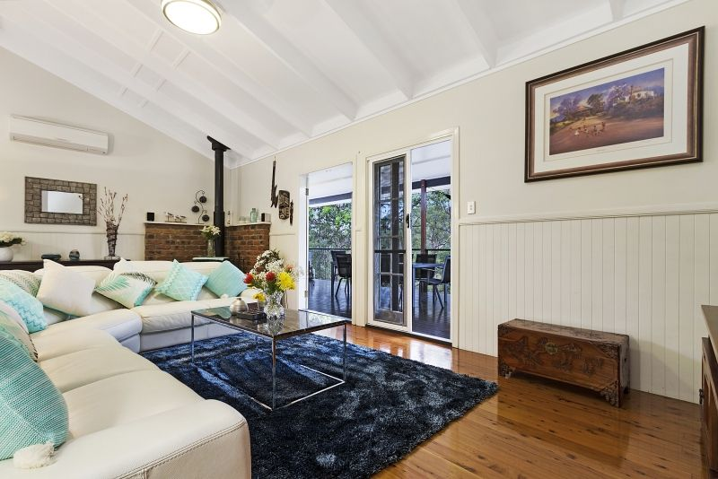 6 Kimberley Court, Eatons Hill QLD 4037, Image 2
