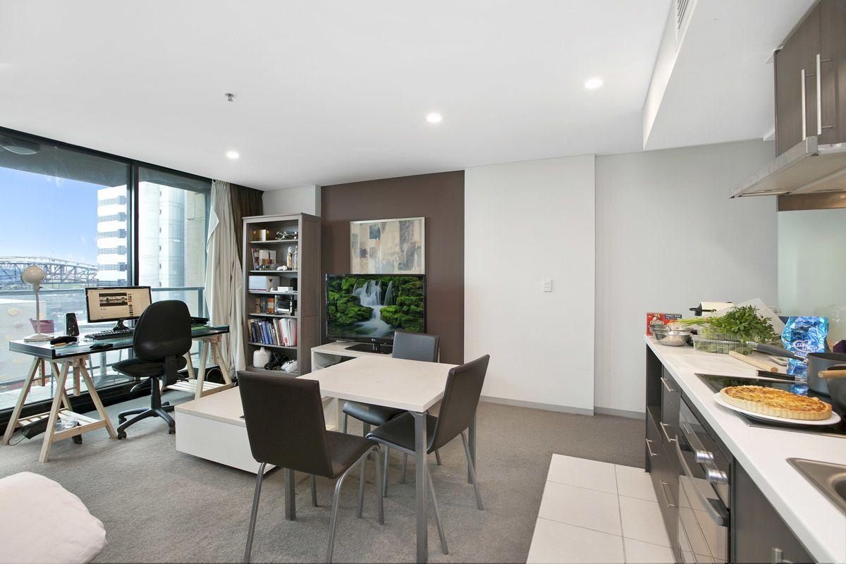 704/104 North Terrace, Adelaide SA 5000, Image 2