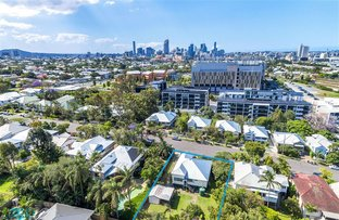 Picture of 35 Rawnsley St, Dutton Park QLD 4102