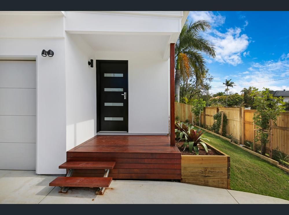 3/116 Eugaree Street, Southport QLD 4215, Image 2