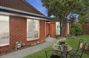 Picture of 42 Kinrade Street, Hughesdale VIC 3166