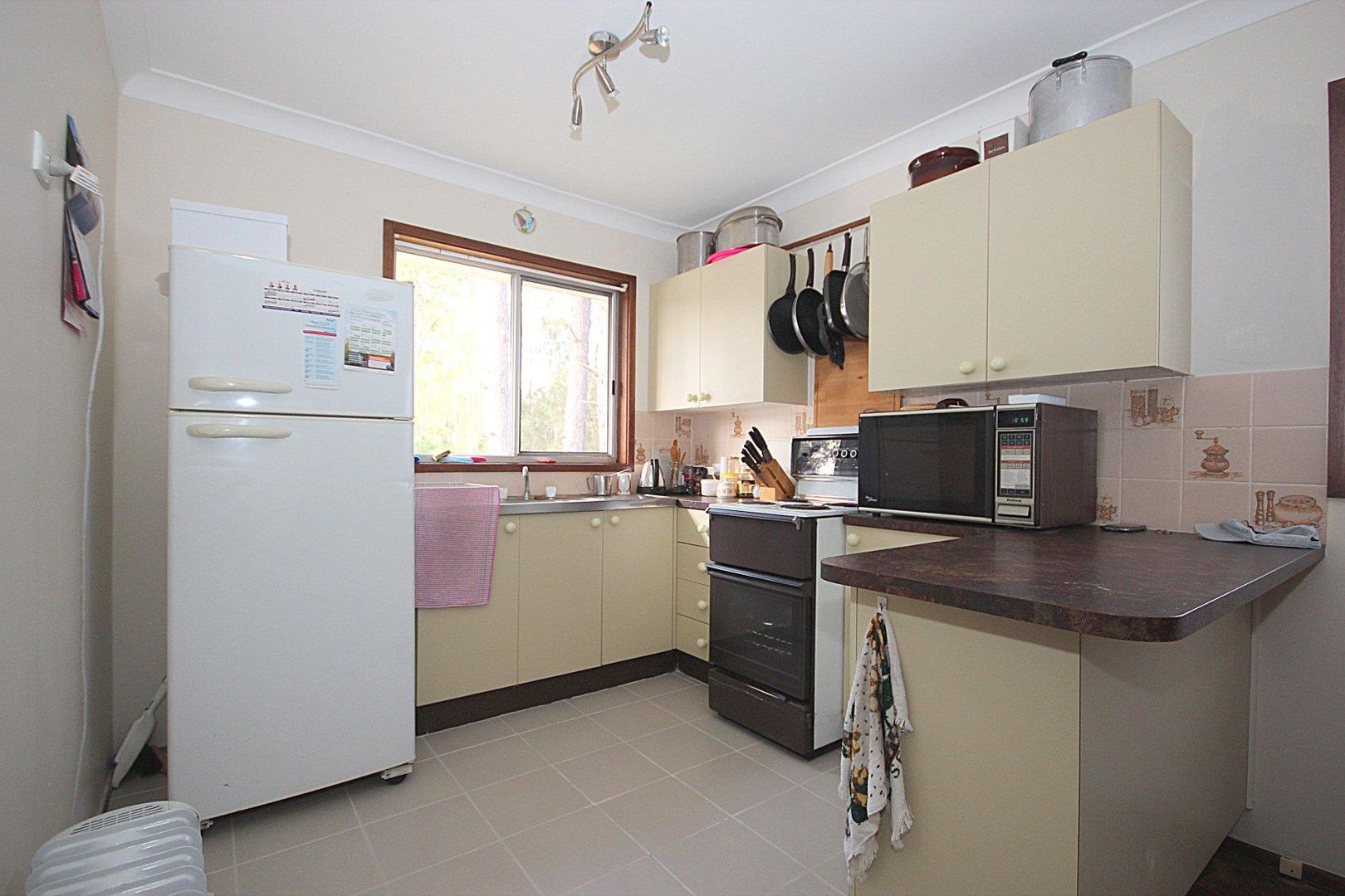 42 Wychewood Avenue, Mallabula NSW 2319, Image 2