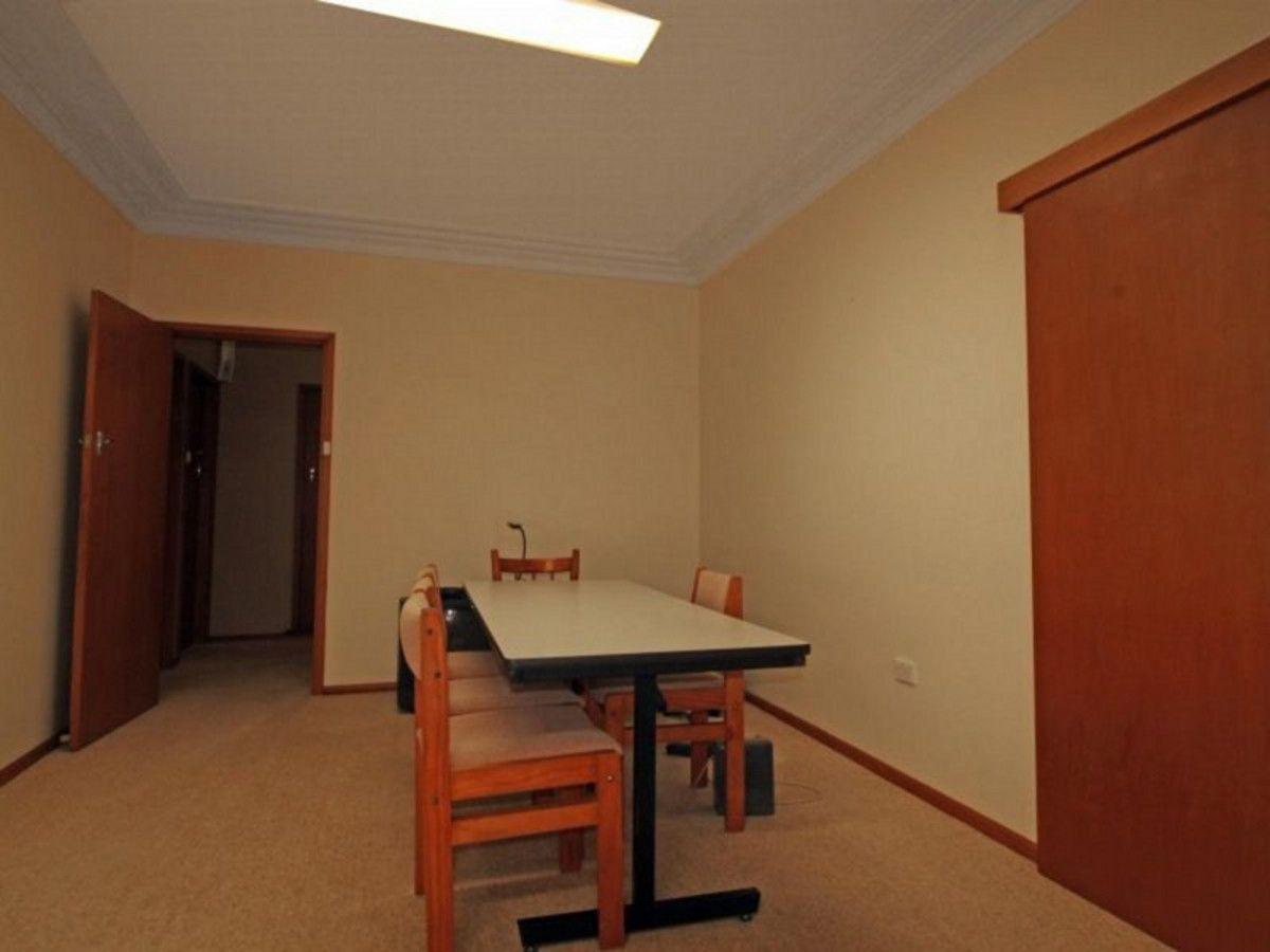 12 Georgina Avenue, Keiraville NSW 2500, Image 2