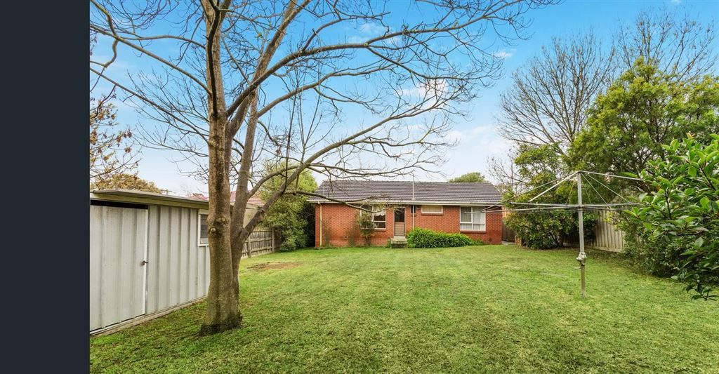 16 Allanfield Crescent, Wantirna South VIC 3152, Image 1