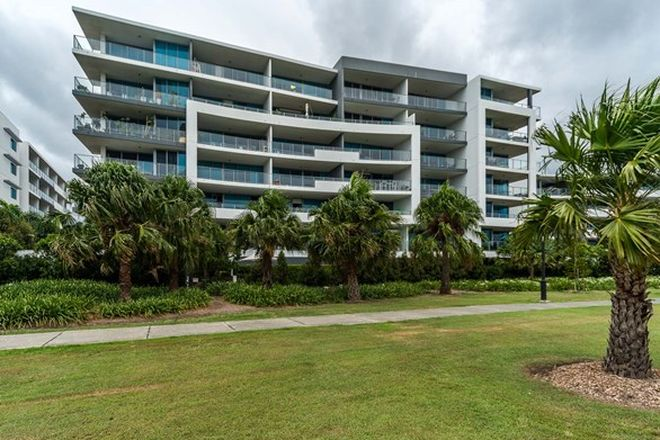 Picture of 301/41 Harbour Town Drive, BIGGERA WATERS QLD 4216