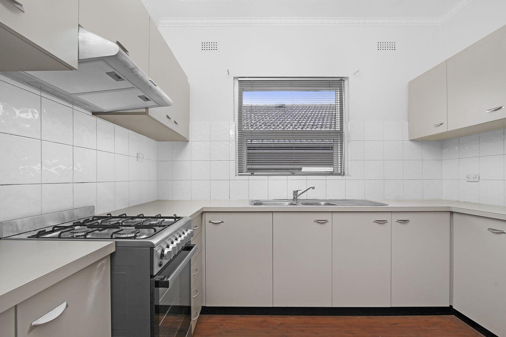 584 Homer Street, Kingsgrove NSW 2208, Image 2