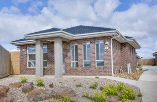 Picture of 1/25 College  Square, Bacchus Marsh VIC 3340