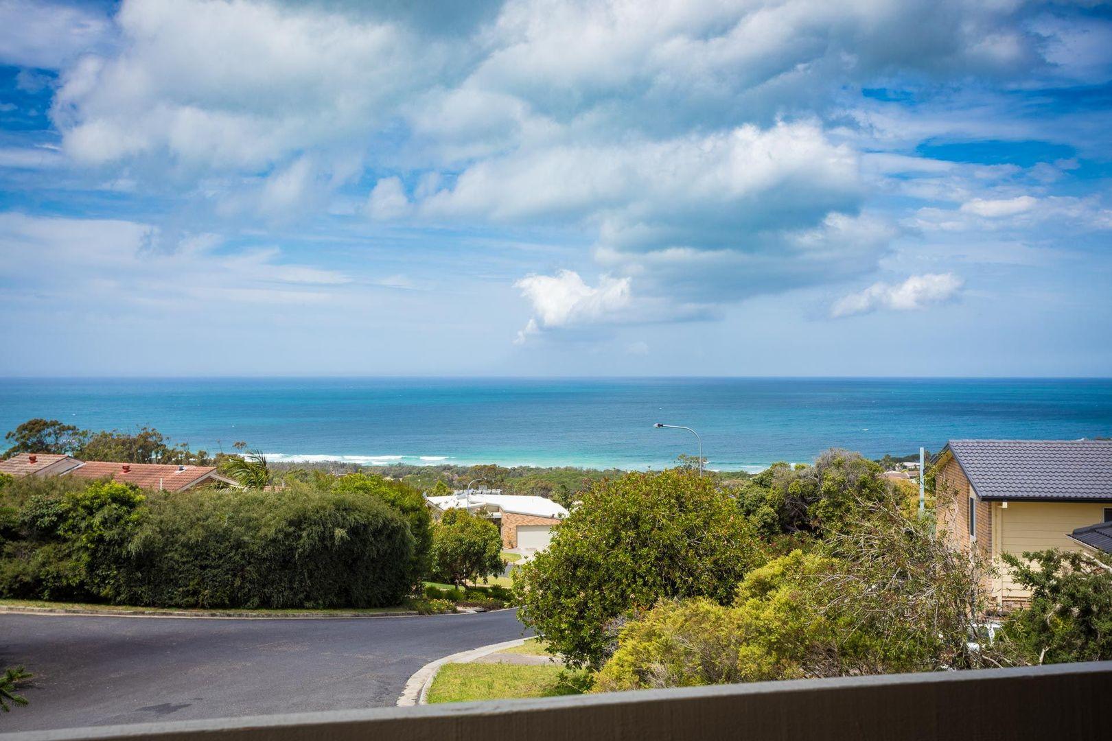 10 Melaleuca Ct, Tura Beach NSW 2548, Image 1