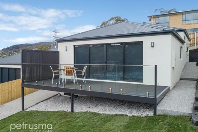 Picture of 2/9 Chaucer Road, LENAH VALLEY TAS 7008