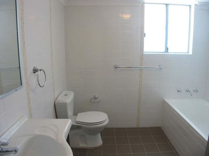 4/402 Beamish Street, Campsie NSW 2194, Image 2