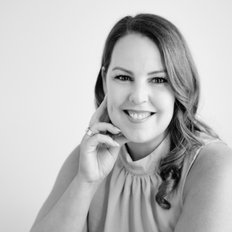 Sarah Ralston, Sales representative