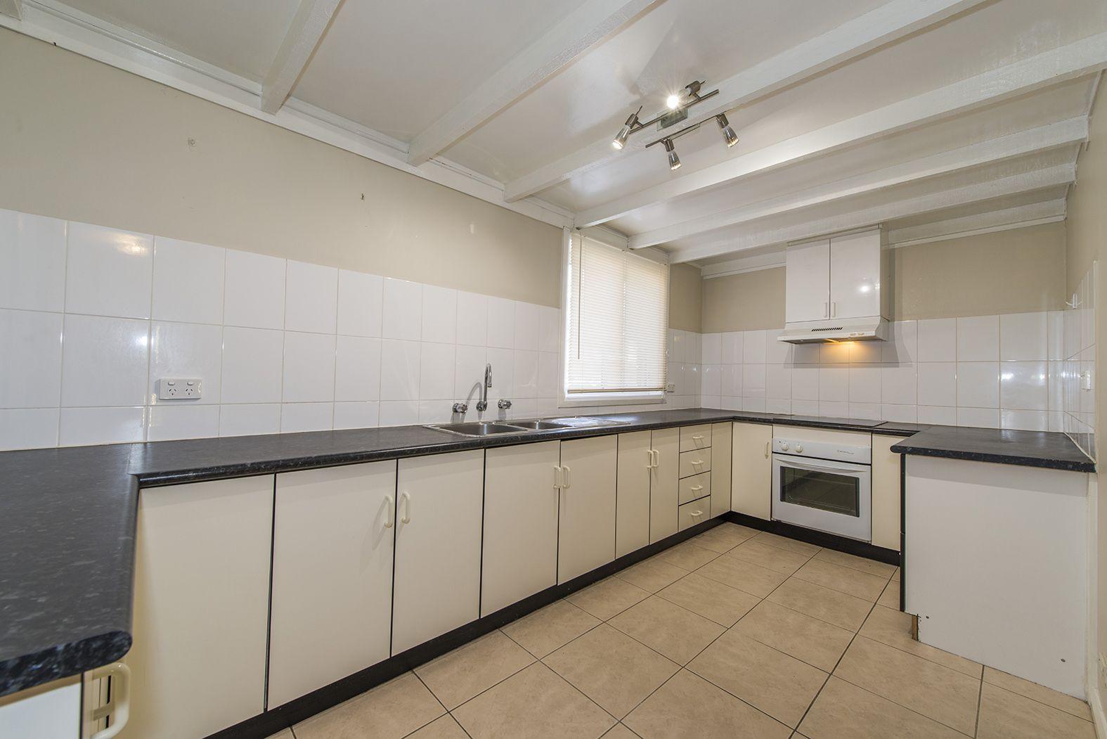 2/22 George Street, Kingswood NSW 2747, Image 1