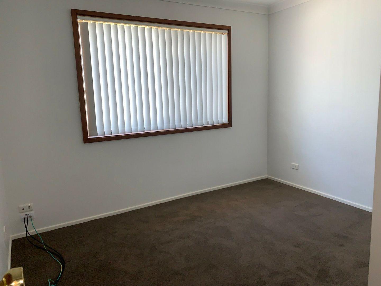 36 Twinlakes Drive, Lake Haven NSW 2263, Image 1