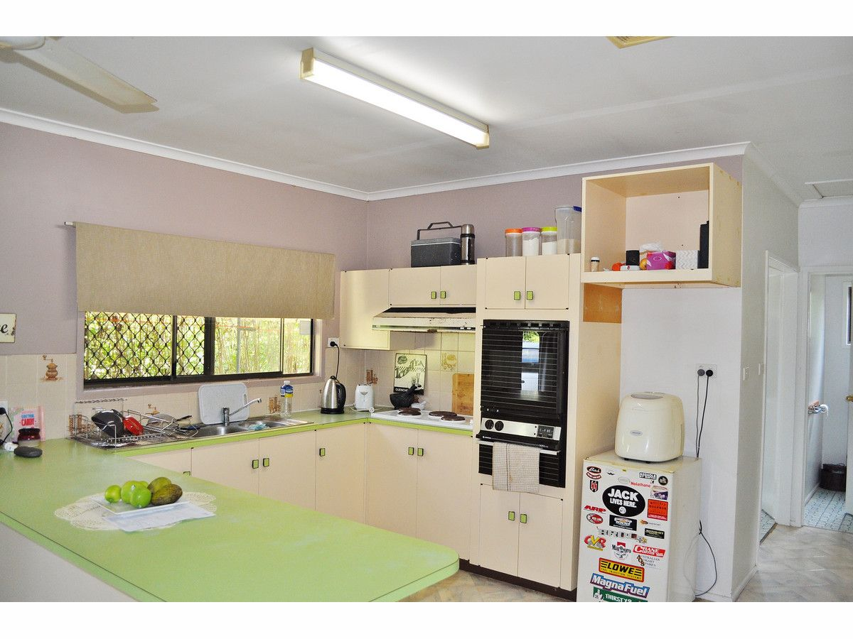 11 Riverview Close, Mareeba QLD 4880, Image 2