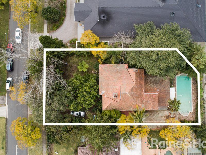 18 Wyvern Avenue, Chatswood NSW 2067, Image 0