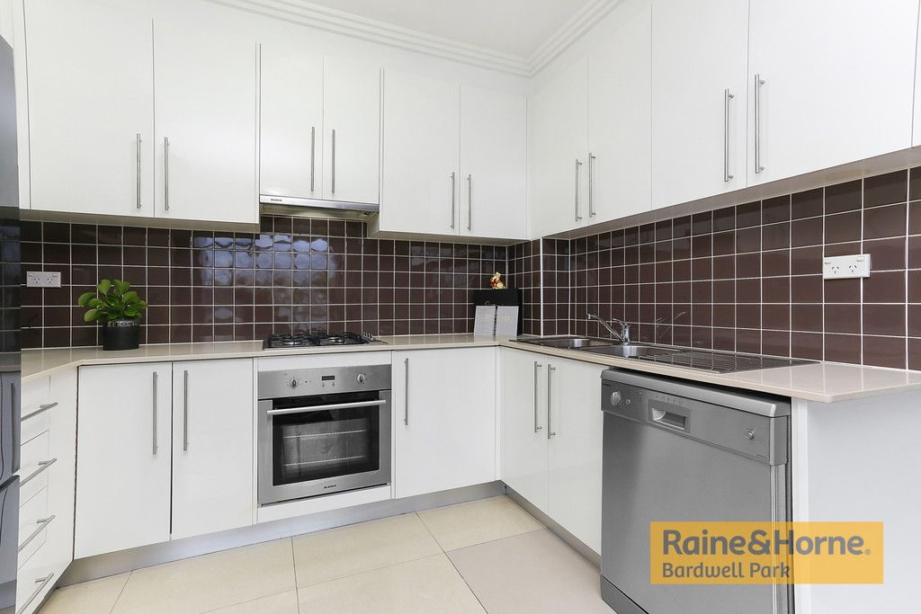8/284 Rocky Point Road, Ramsgate NSW 2217, Image 2