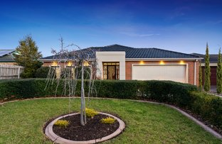 Picture of 3 Daws Court, Taylors Lakes VIC 3038