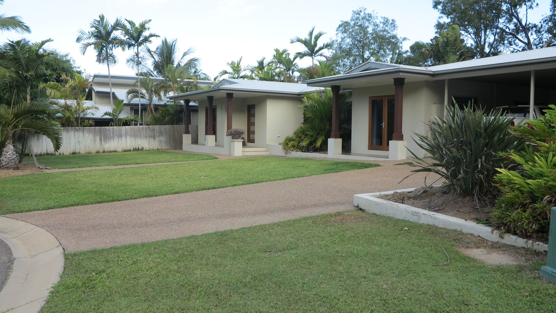 11 Serene Place, Nelly Bay QLD 4819, Image 2