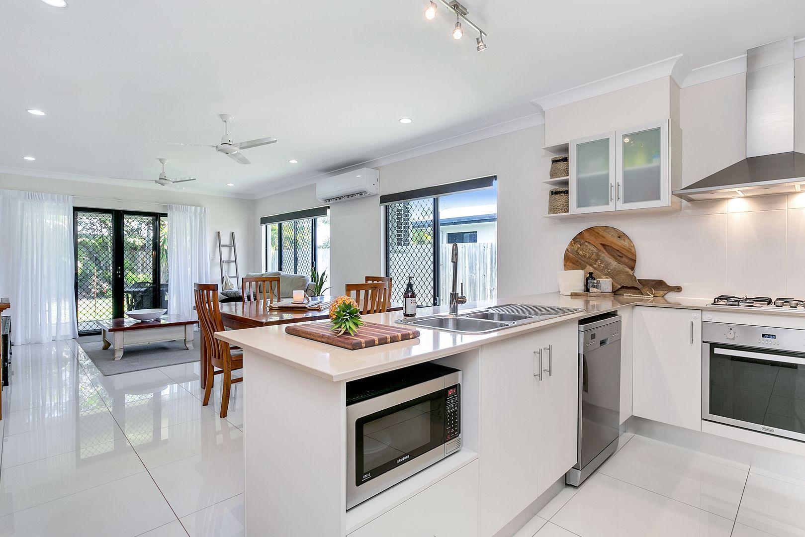 Trinity Beach QLD 4879, Image 1
