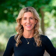 Ann-Karyn Fraser, Sales representative