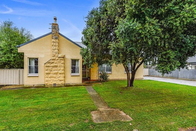 Picture of 15 Riddoch St, PENOLA SA 5277