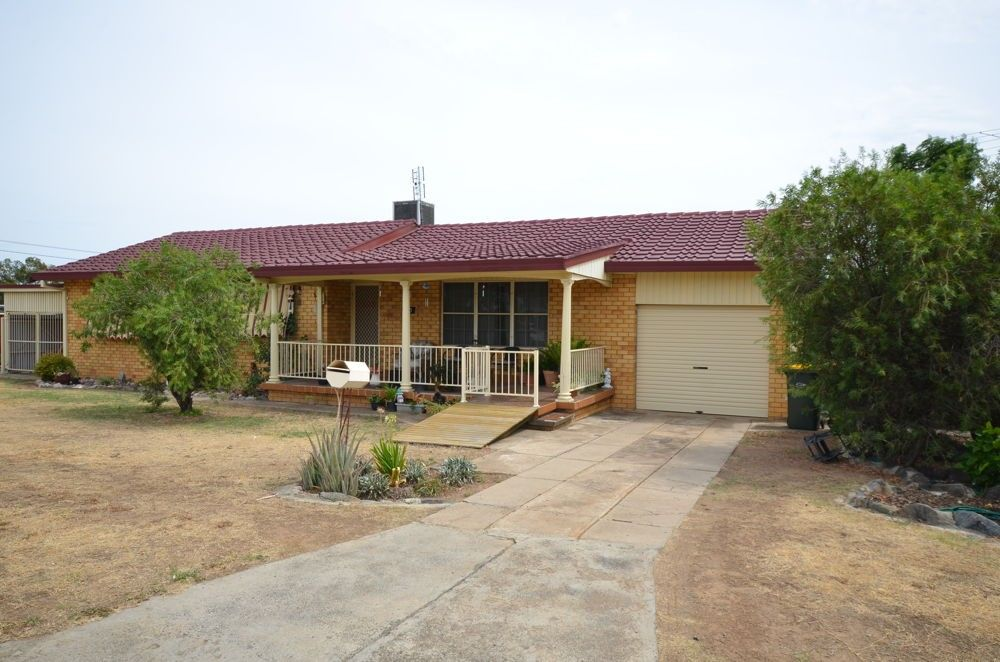 80 Petra Avenue, Tamworth NSW 2340, Image 0