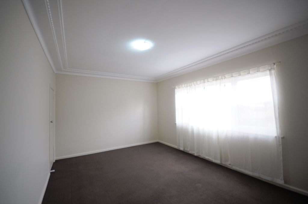 2/60 Palmer Street, Guildford NSW 2161, Image 2