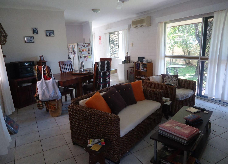 13 Reservoir Road, Manoora QLD 4870, Image 2