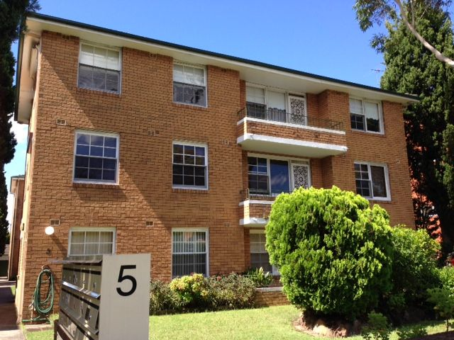 2/5 Chester Street, Epping NSW 2121, Image 0